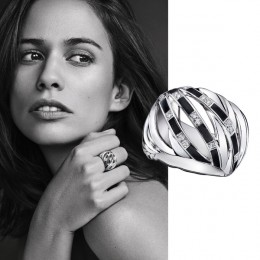 Déchirure ring by Mauboussin